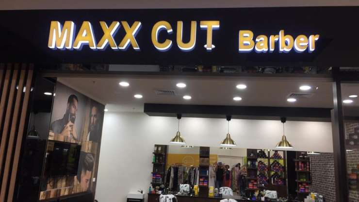 3D FABRICATED LED LETTERS BARBER